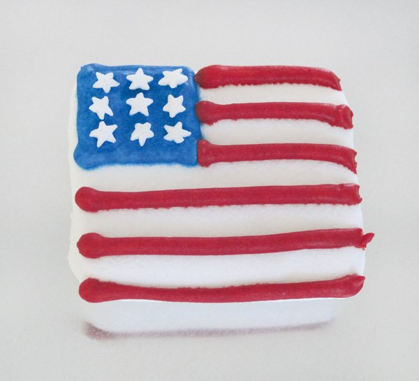 4th of july mini american flag marshmallows