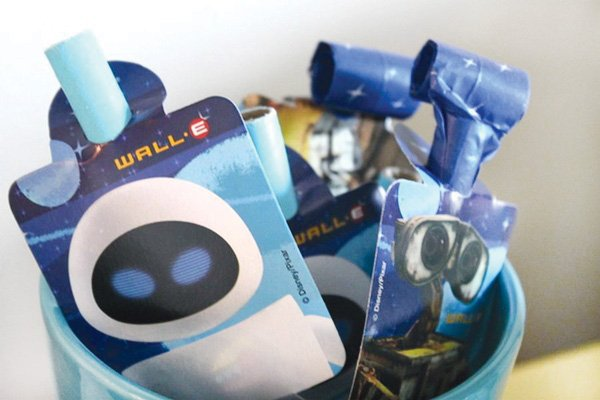 Wall E Party Favors