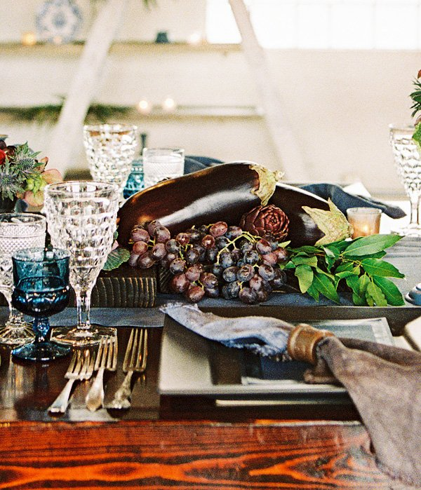 """Gorgeous """"Dutch Still Life"""" Dinner Party // Hostess With"""