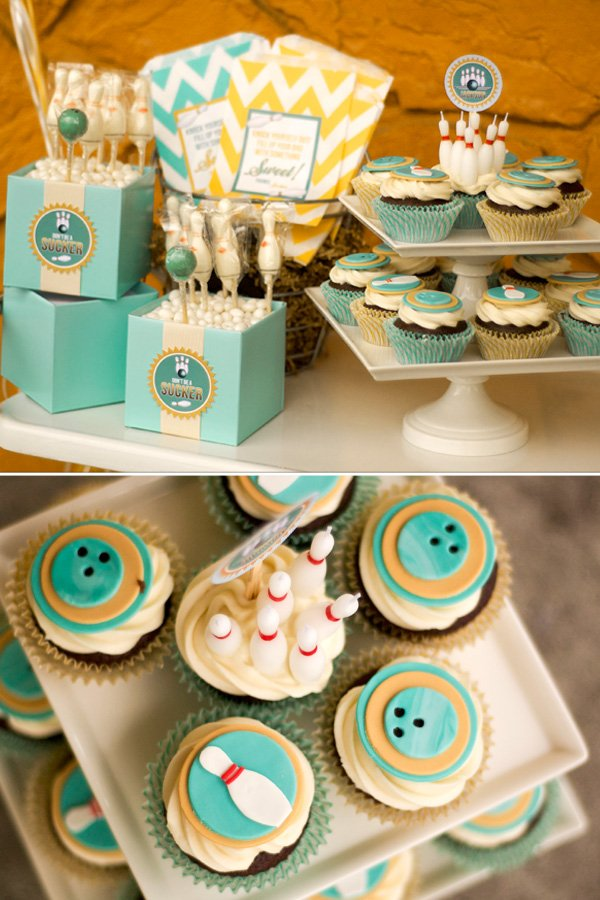 bowlfest fondant toppers and cupcakes