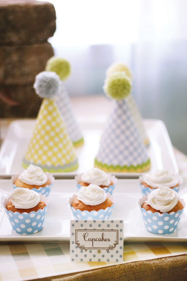 modern humpty dumpty dessert table cupcakes