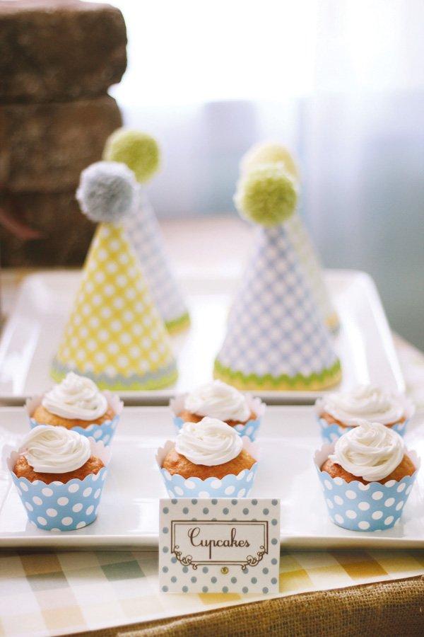 modern humpty dumpty dessert table cupcakes
