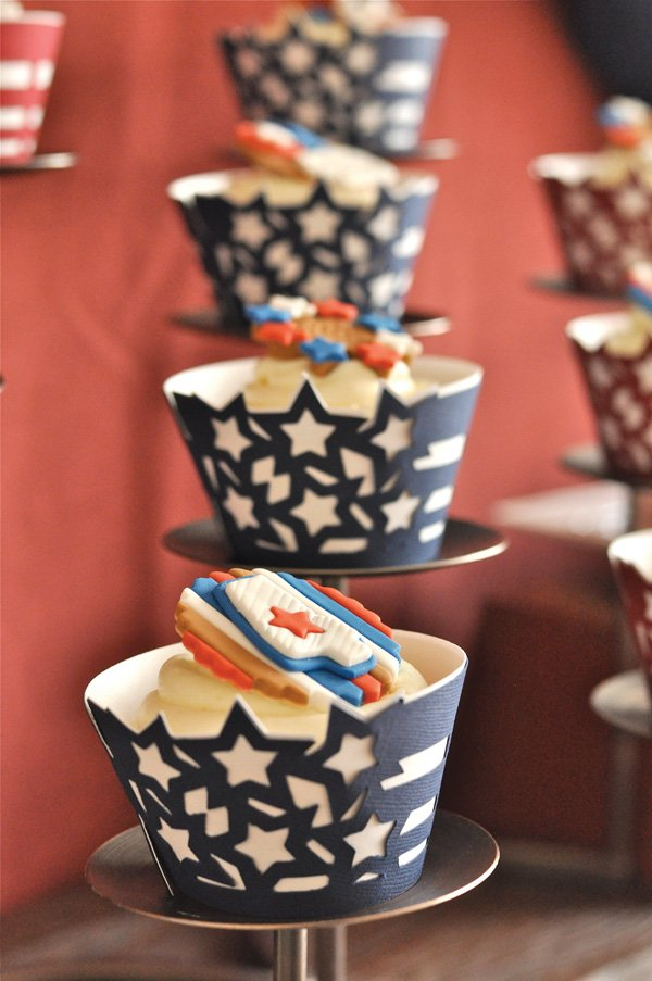 4th of july cupcake wrappers with blue and red stars