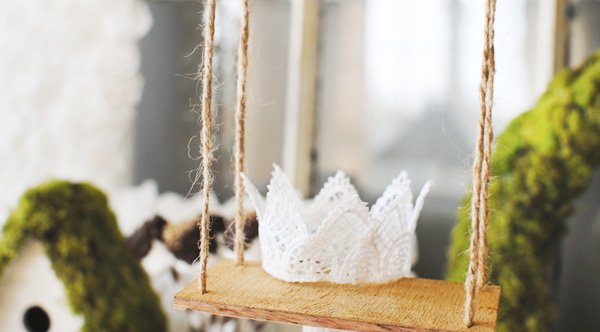 DIY lace birthday crown