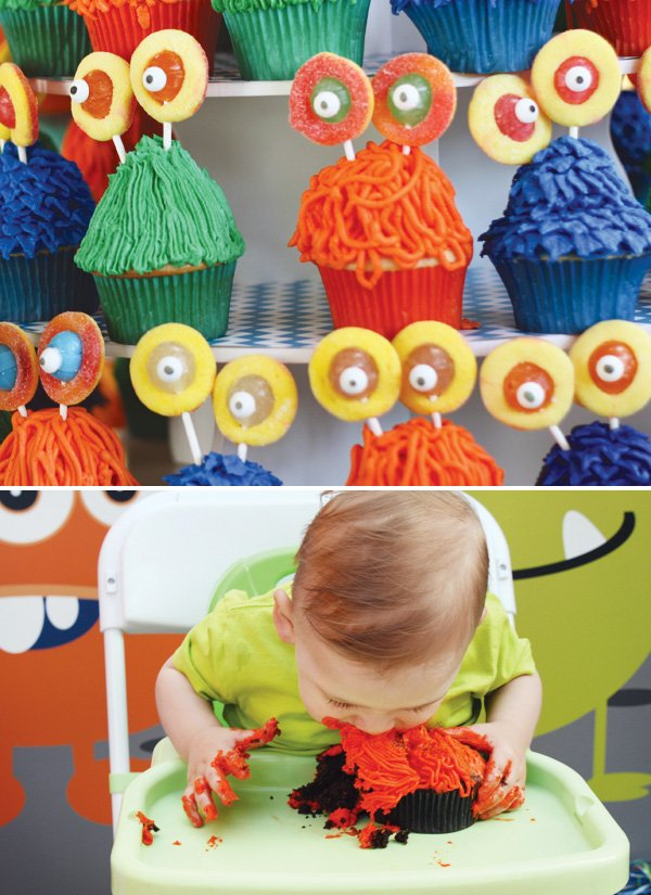 monster cupcakes for a first birthday smash cake
