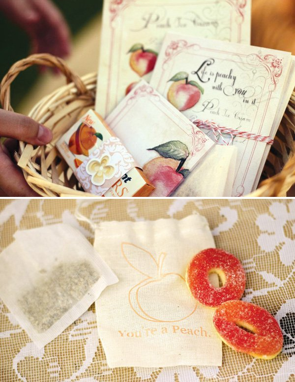 Muslin party favor bags