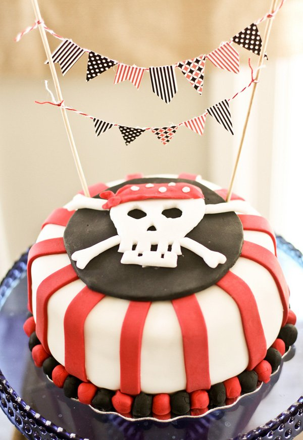 pirate skull birthday cake with red stripes
