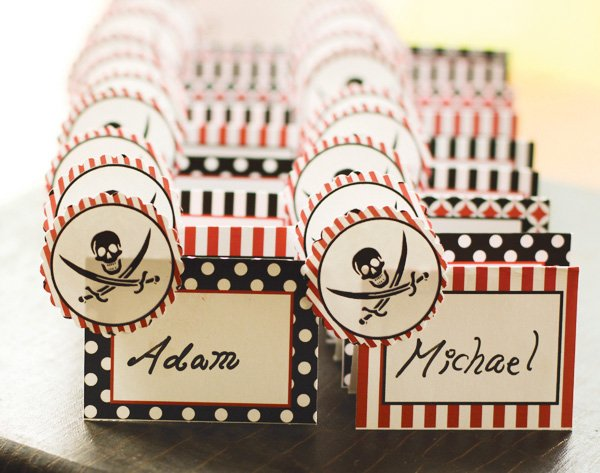 polka dot pirate name cards with swords