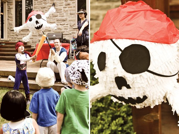 skull piñata