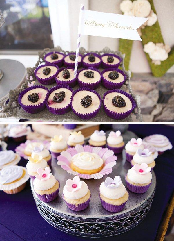berry cheesecakes