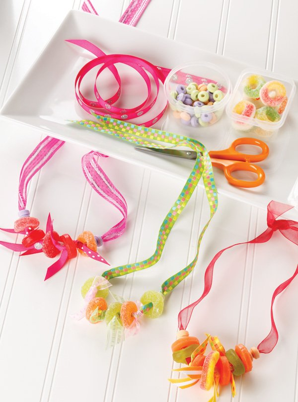 candy making for kids necklaces