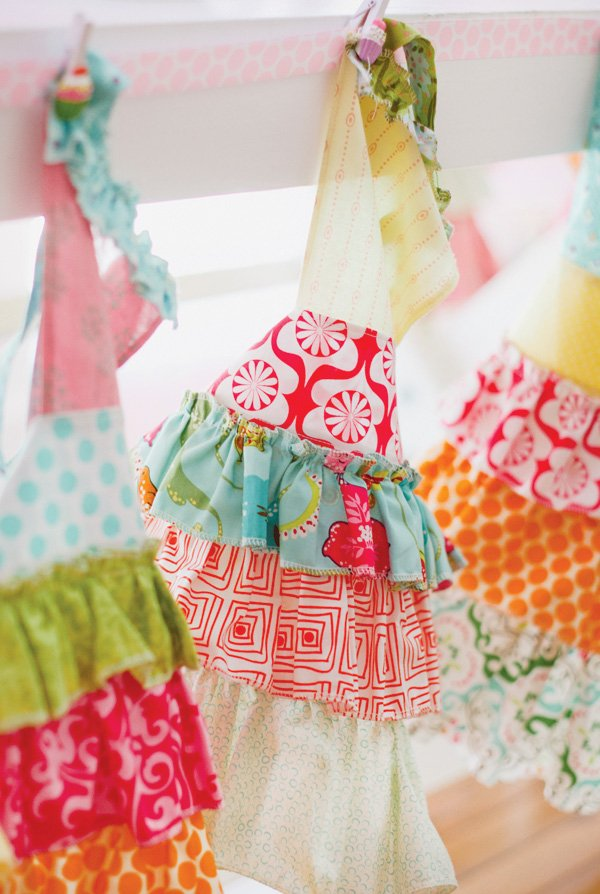 cupcake party aprons
