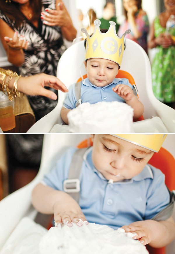 first birthday cake and birthday crown