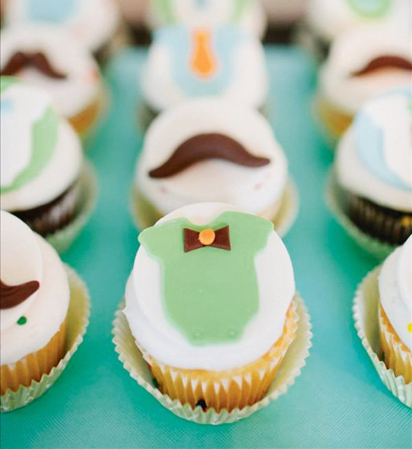 little man birthday party cupcakes and mustache cupcakes
