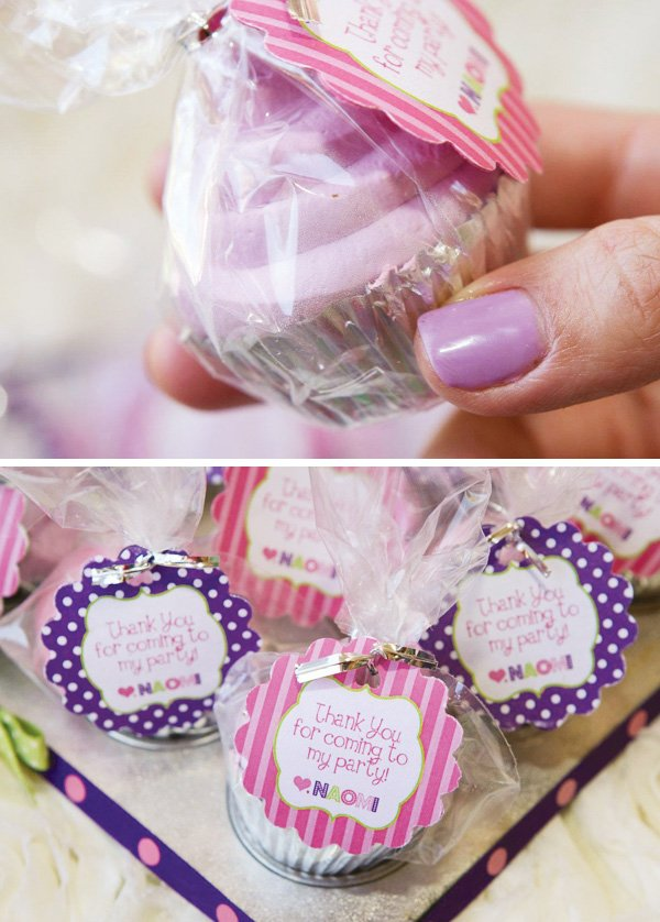 mini cupcake party favors