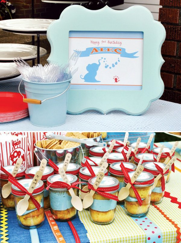 Blue and red cupcake jars