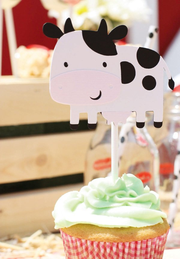 craft paper cow cupcake topper