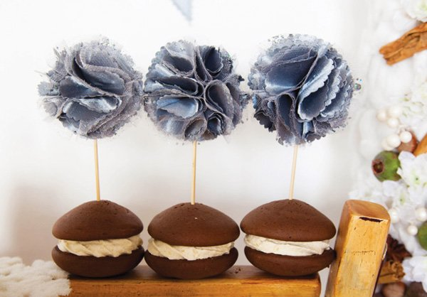 fabric flower whoopie pie toppers
