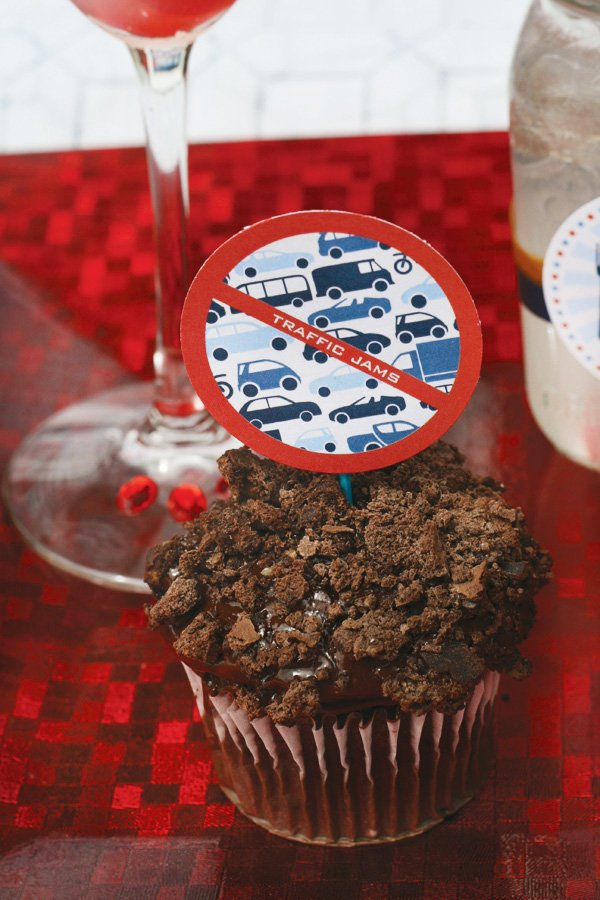 labor day party printables cupcake toppers - no traffic jams