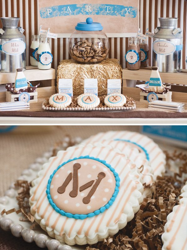 monogram sugar cookies