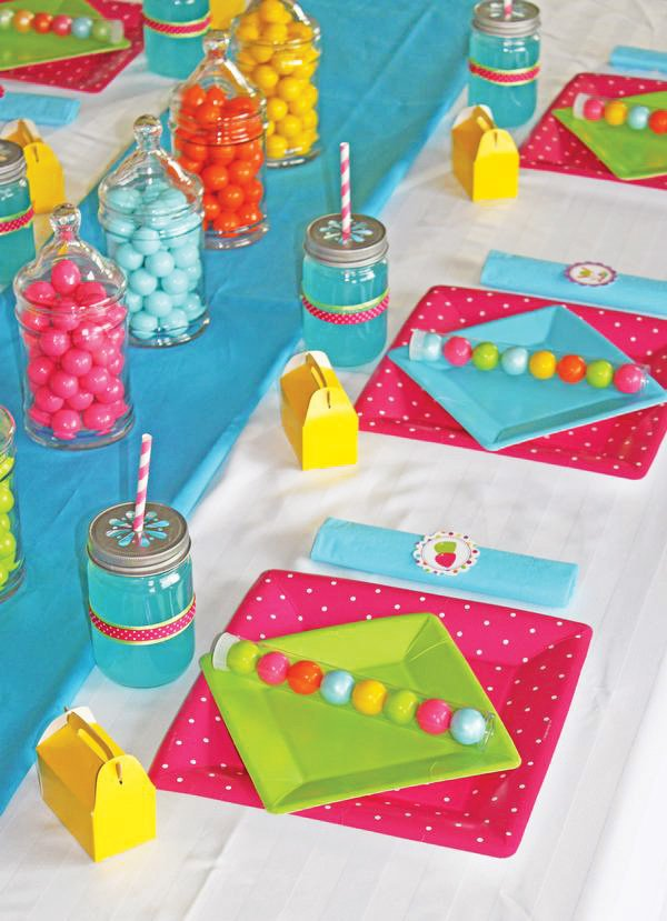pink candy shoppe party tablescape