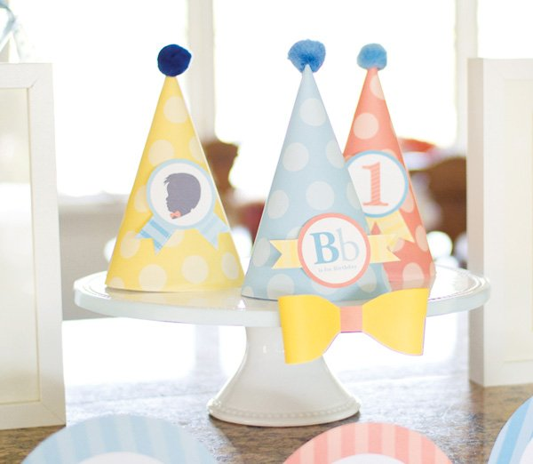 birthday polka dot party hats