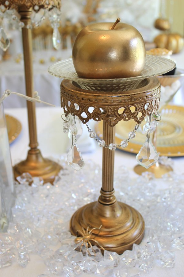 gold apple centerpiece with bling