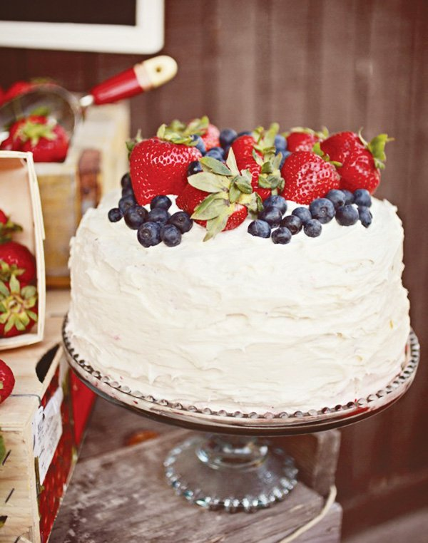 rustic cake with fresh berries