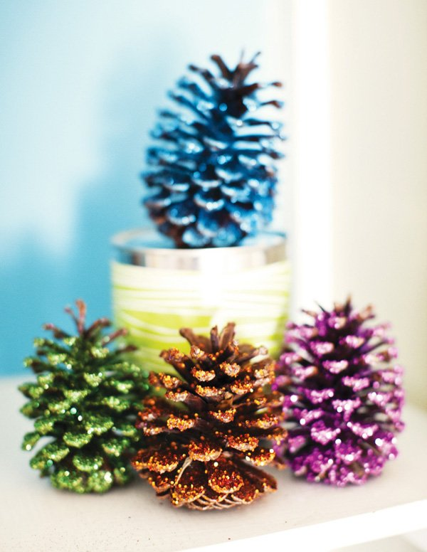 glitter pine cone decoration