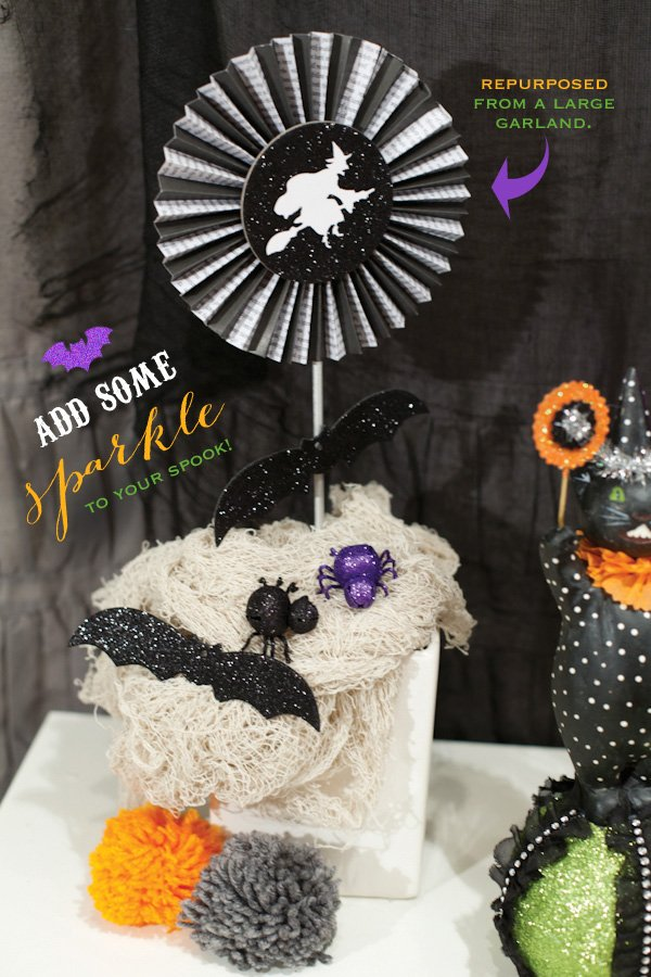 glittery halloween decoration ideas - spiders bats witches