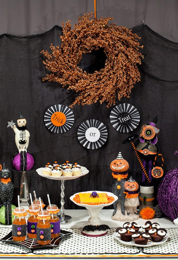 trick or treat halloween dessert table ideas