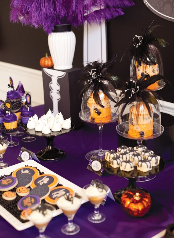 Halloween Party dessert table inspiration