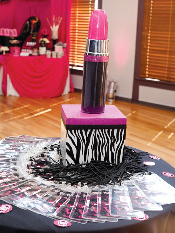 Lipstick birthday cake and VIP passes