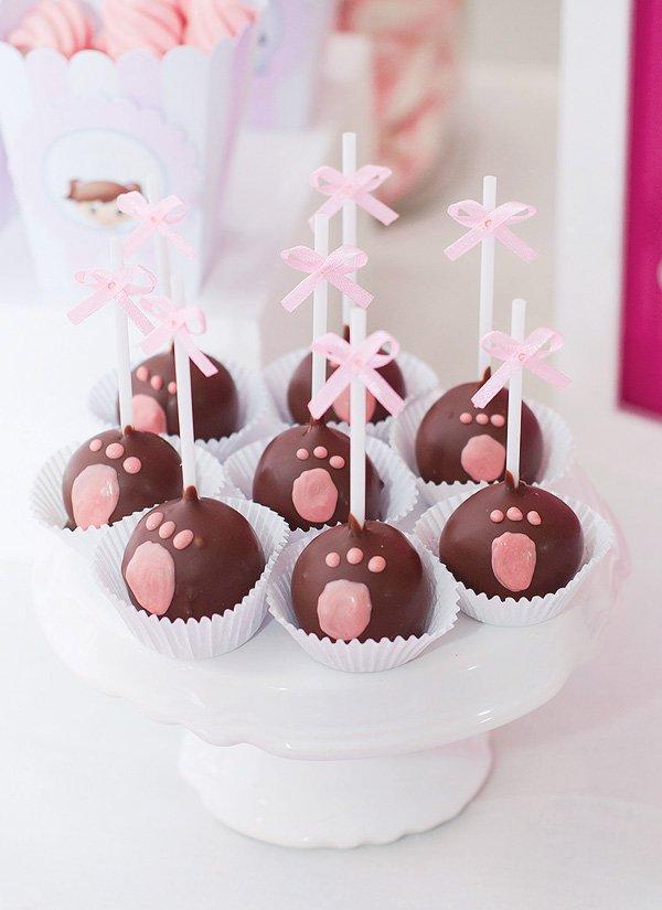 paw print cake pops