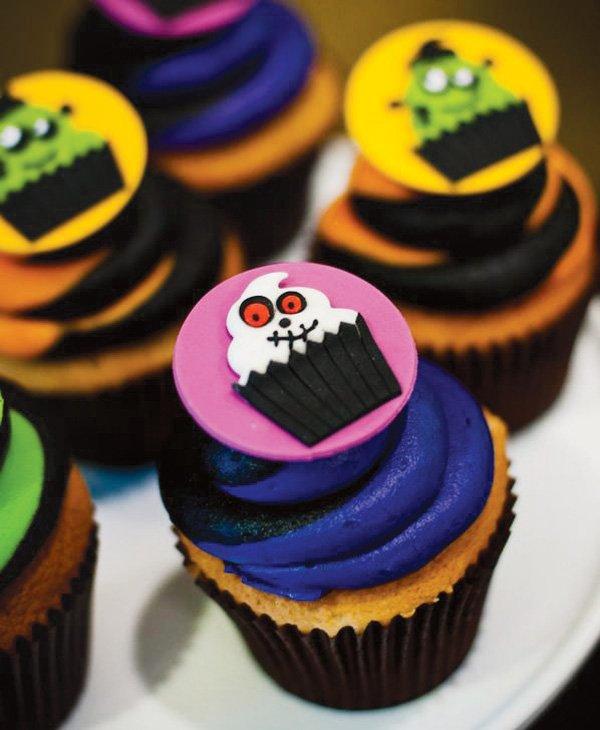 skeleton cupcake topper