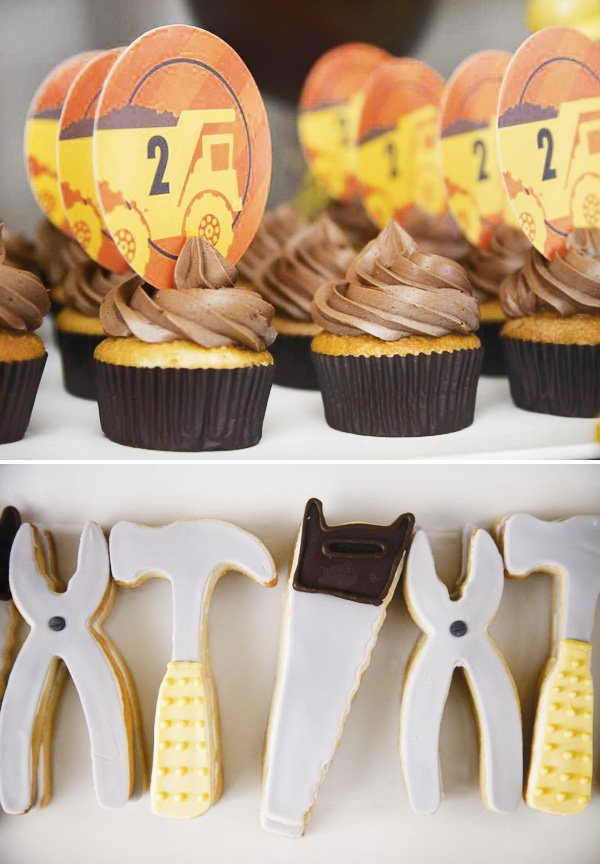 construction tools cakes