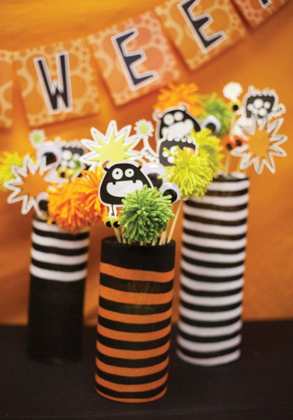 halloween centerpieces using striped socks