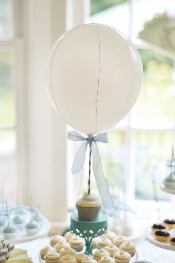 hot air balloon cupcake decoration