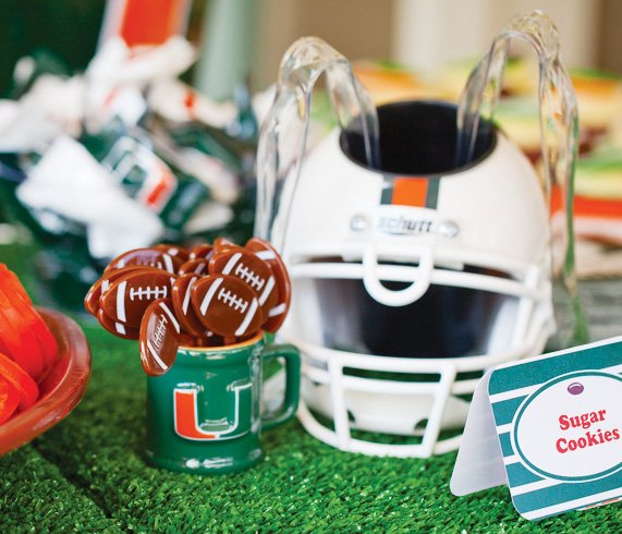 um football party ideas