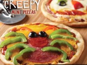kids halloween recipe - homemade spider pizzas