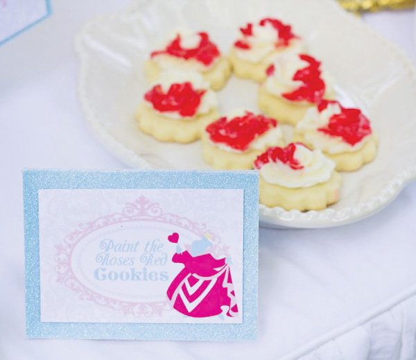 queen of hearts cookies inspired by alice and wonderland
