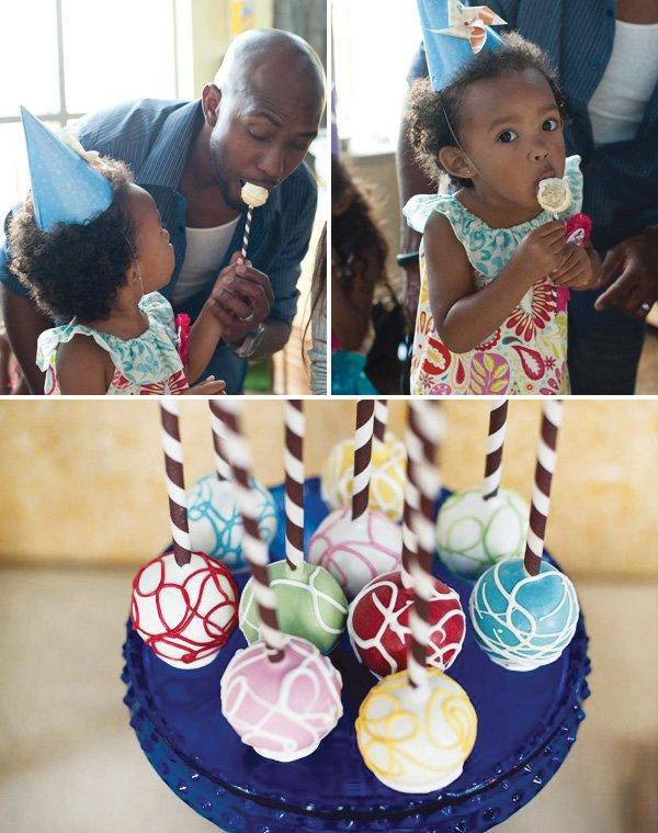 swirl color cake pops