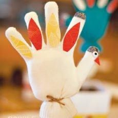 mitten turkey craft - kids farm party or Thanksgiving