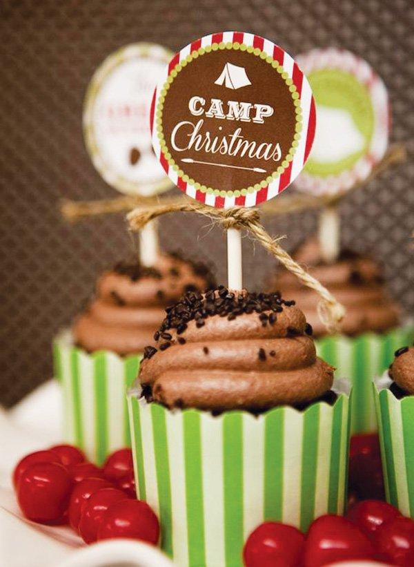 camp christmas cupcakes