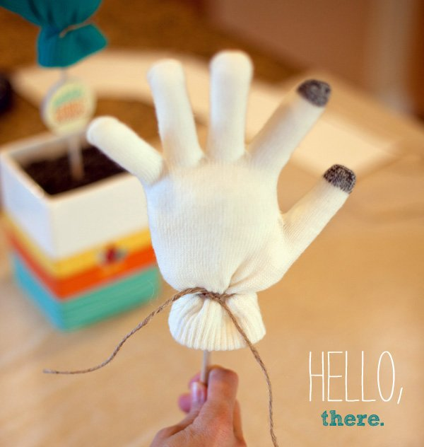 mitten turkey craft - step 4