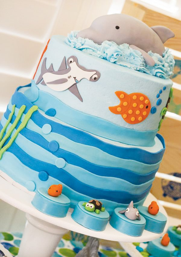 under the sea dolphin cake