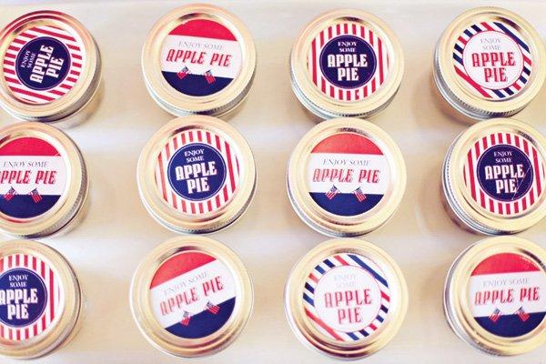 apple pies in jars
