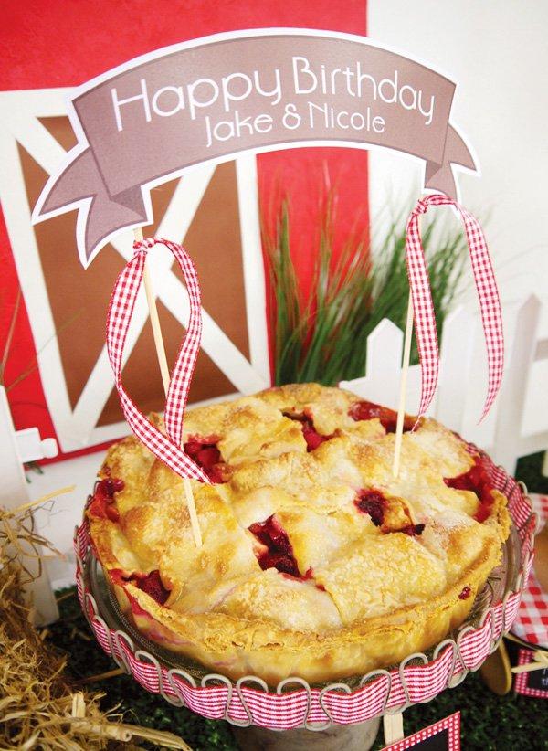 barnyard birthday pie