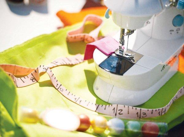 bubble gum measuring tape