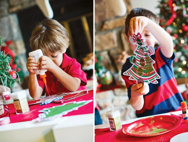 christmas tree decorating craft